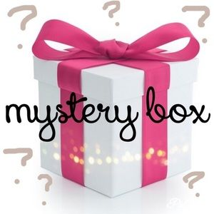 Mystery Box- Brand Name, On Trend